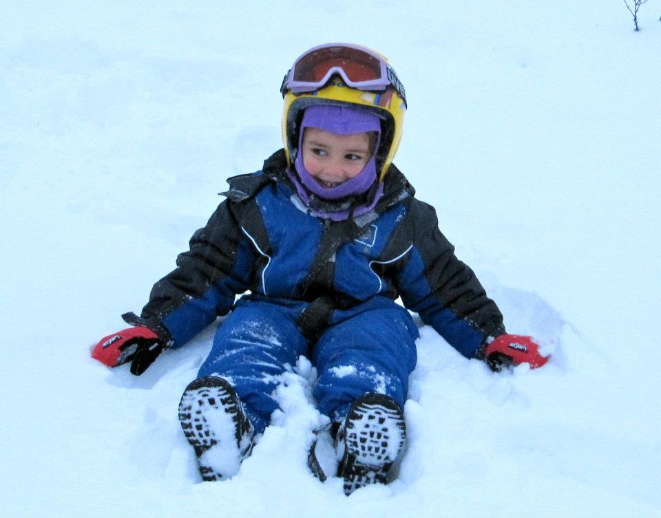 Peque en la Nieve Viajacontuhijo